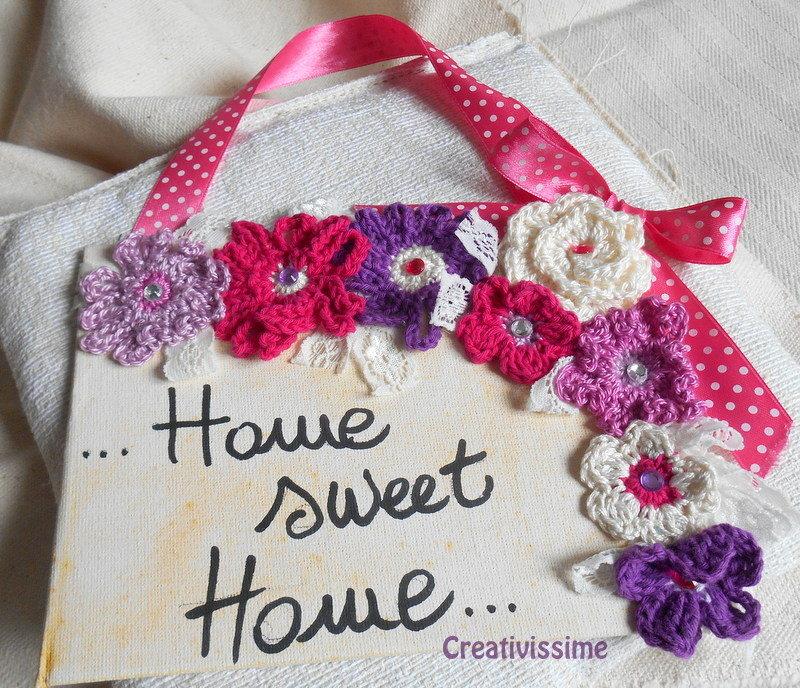 """Targhetta """"home sweet home"""" con fiori uncinetto fatto a mano"""