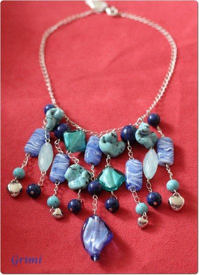 Collana girocollo a cascata con vetro, vetro di Murano, cuori in argentone e chiusura in argento
