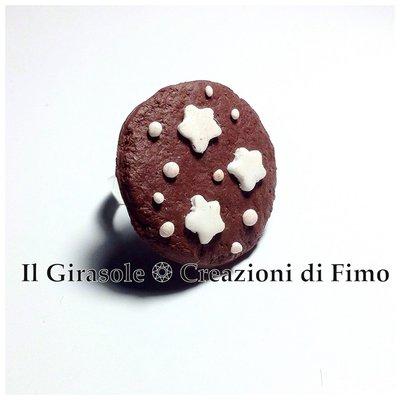 Anello con biscotto cioccolato e stelle