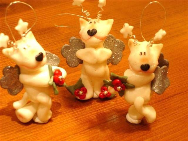 JUST XMAS -  CIONDOLO PEEK A BULL TERRIER  ANGIOLETTO  di NATALE (  uno a scelta)  - segnaposto, idea regalo, addobbo, decorazione natalizia
