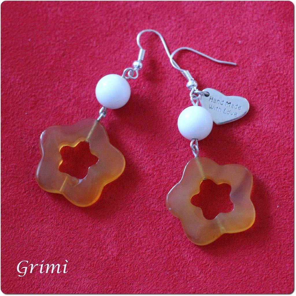 Orecchini pendenti con agata arancione e bianca