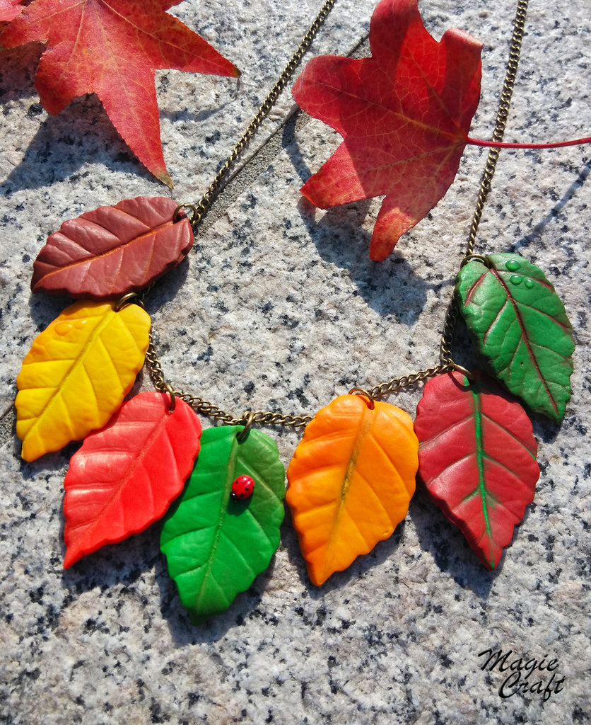 Collana Foglie d'autunno in Fimo