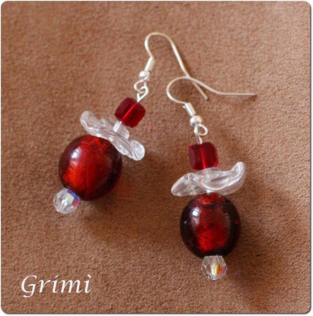 Orecchini pendenti con vetro di Murano rosso/bordeaux e trasparente