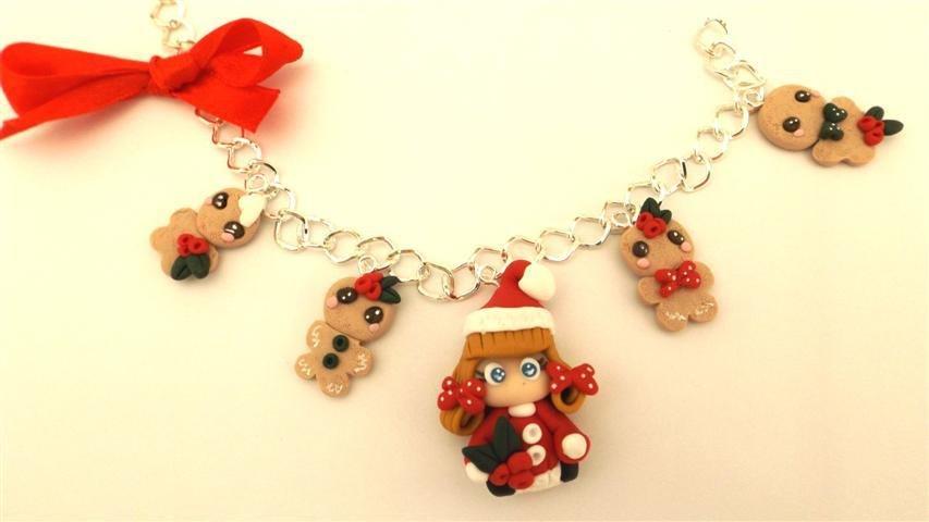 JUST XMAS - FIMO NATALE - BRACCIALETTO    BISCOTTINI ALLO ZENZERO GINGERBREAD con bambolina babbo natale  - ideali per collane bracciali orecchini- Idea regalo