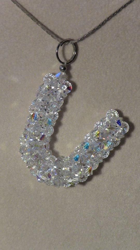 Lettera  U  in cristallo Swarovski