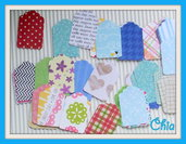 10 mini tag in carta stampata fantasia per scrap 3,5x2,3cm