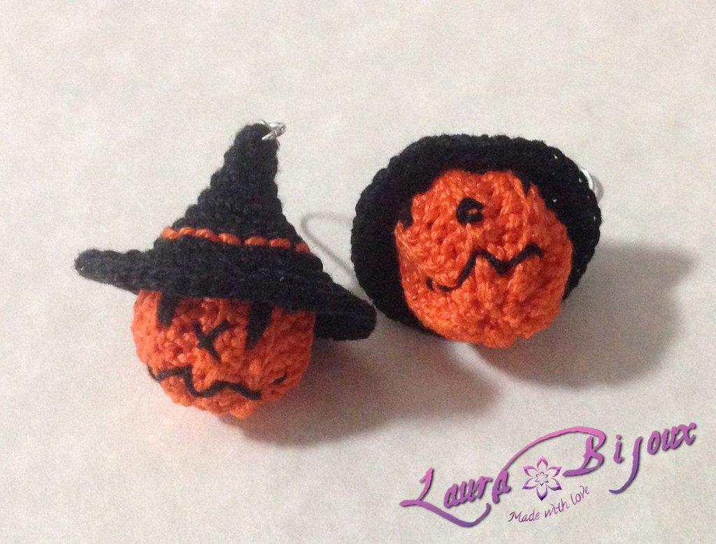 Orecchini Halloween. Zucca con cappello da strega