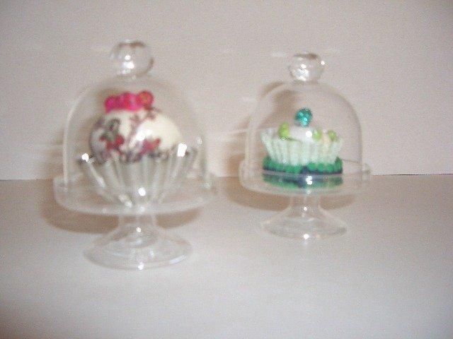 mini cupcake in stoffa con mini alzatina in cristallo