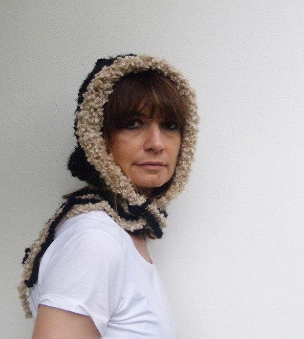 Accessori donna Cappello per donna in lana bouclè autunno inverno Nero Crema