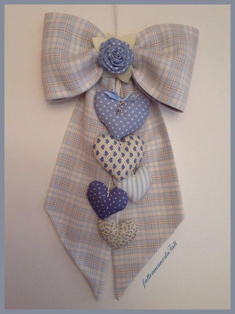 Fiocco nascita in cotone a quadri scozzesi azzurri e beige con cuori