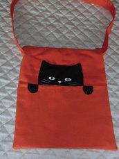 Borsa a tracolla in cotone arancio con decorazione gatto nero e tasca esterna