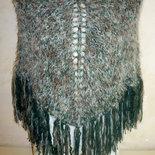 Poncho donna in lana lavorato ai ferri