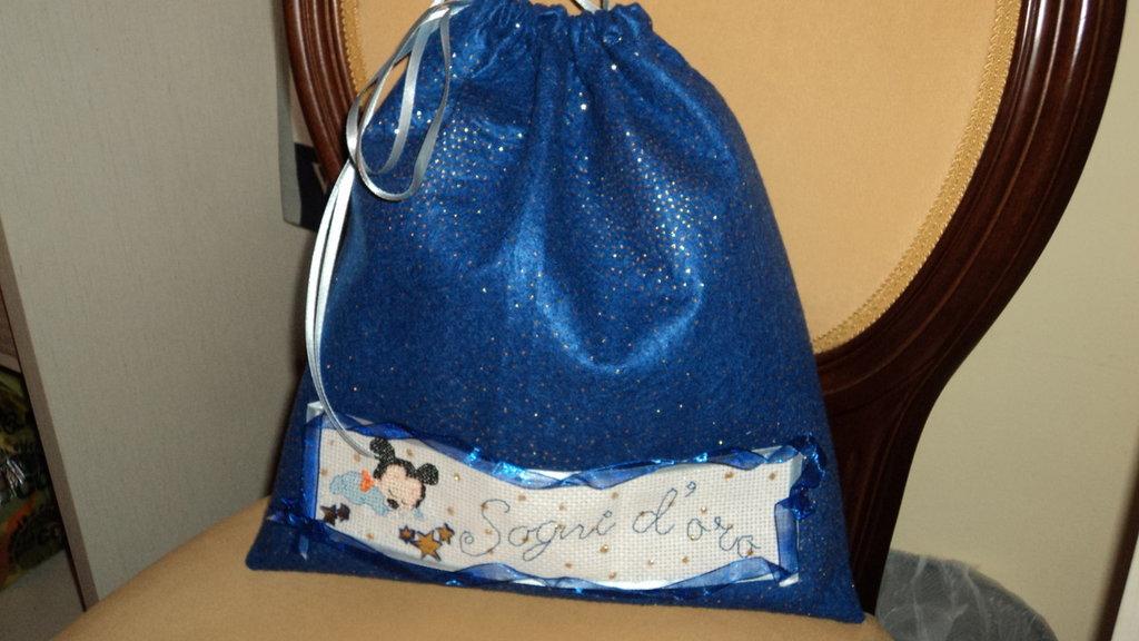sacca porta pigiama/porta cambio pannolini e scarpine di lana idea regalo anche Natale bimbo