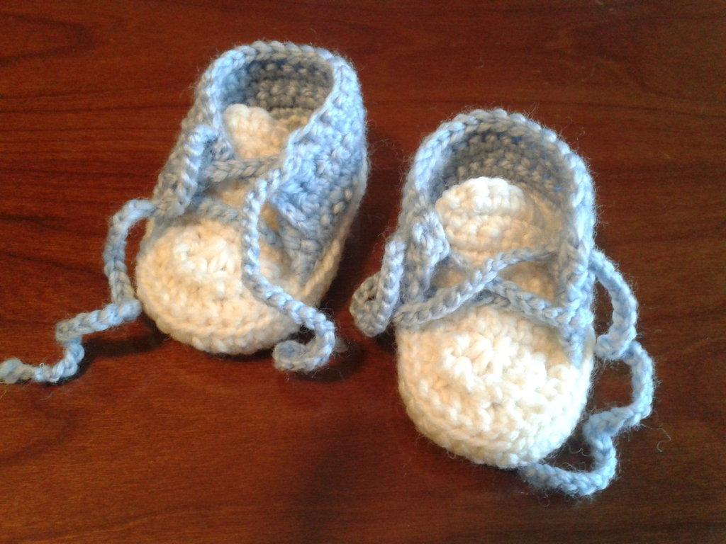 Scarpine di lana da bimbo
