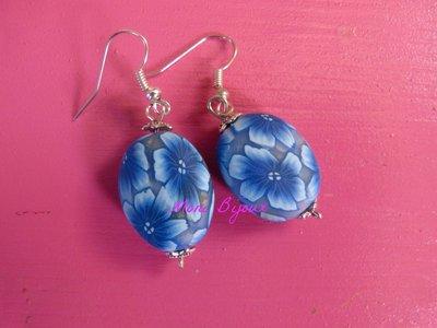 Orecchini in fimo realizzati a mano murrina fiore blu sfumato