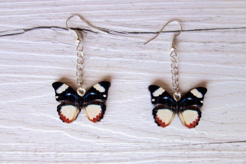 Orecchini Farfalla in legno (toni del nero) - un aiuto agli animali abbandonati, negozio solidale pro cani e gatti di Treviso