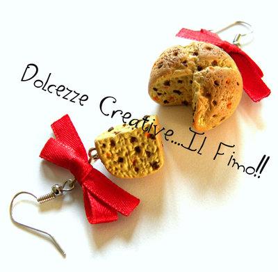 ☃ Natale In Dolcezze ☃ Orecchini Panettone Basso con canditi e cioccolato e fiocchi rossi