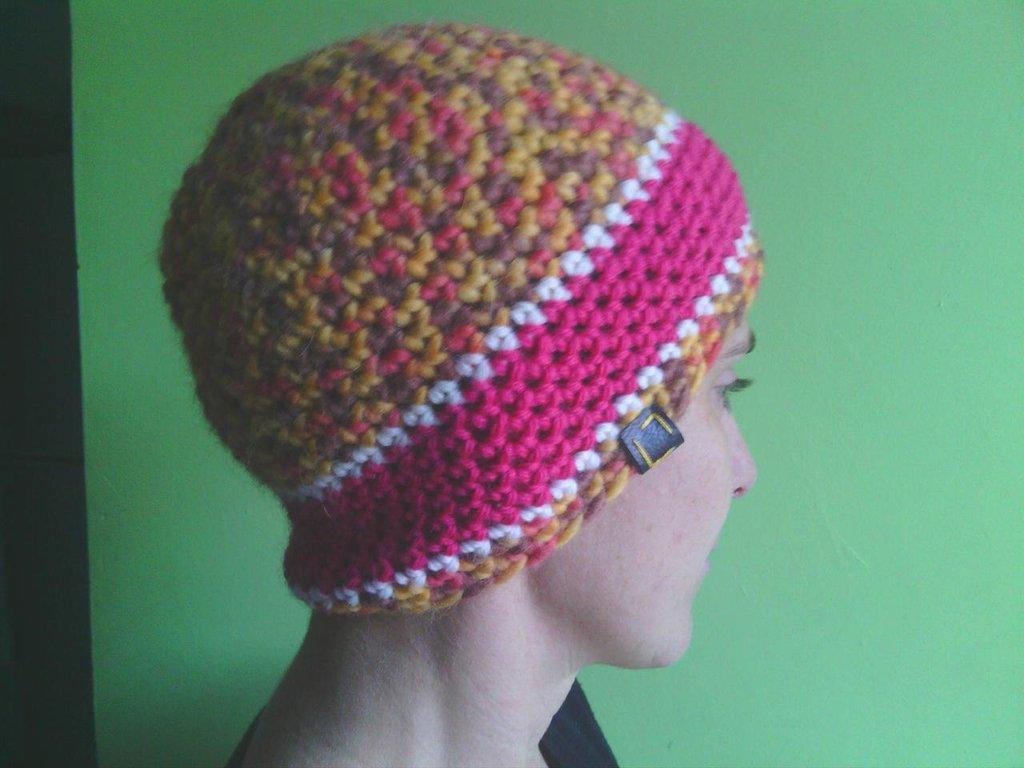 _cappello  uomo, donna  ragazza in lana   ,fatto a mano all'uncinetto C067