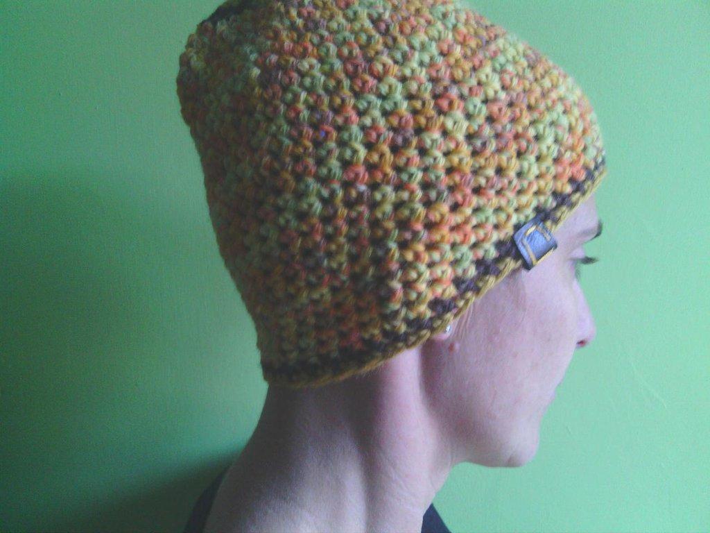 _cappello  uomo, donna  ragazza in lana, fatto a mano all'uncinetto C073