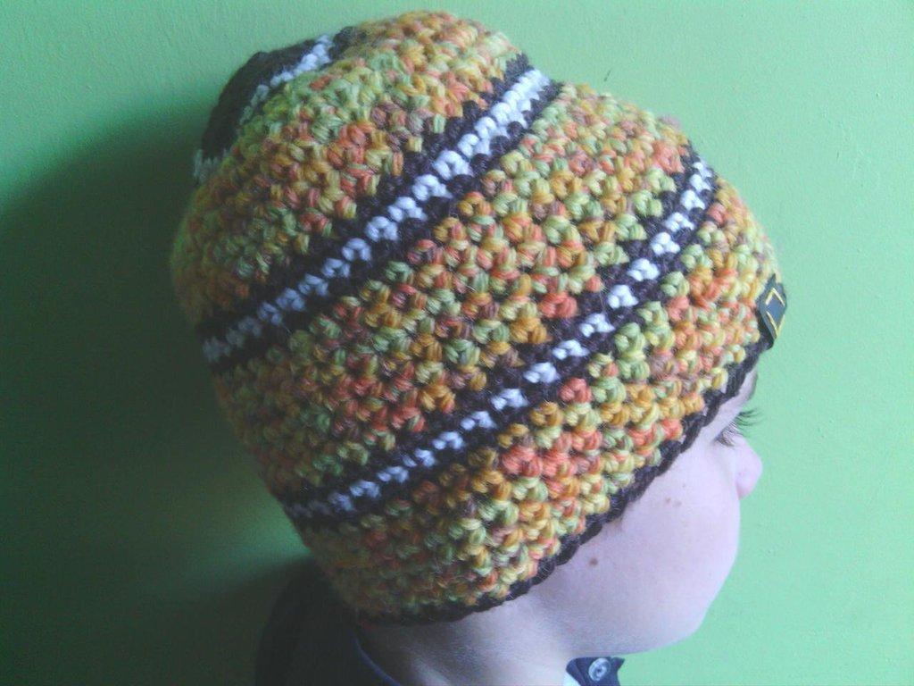 _cappello  uomo, donna  ragazza in lana, fatto a mano all'uncinetto C066