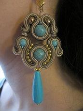 orecchini pendenti con turchesi