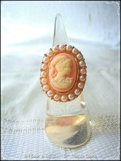 Anello regolabile con cabochon Cammeo e Perline - Rosa Antico