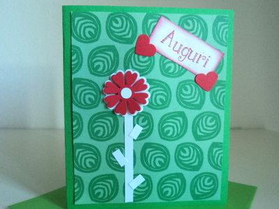 Biglietto auguri verde con fiore rosso e bianco fatto a mano