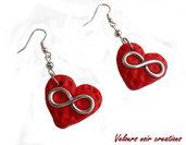 orecchini simbolo infinito su cuore rosso