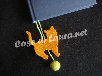 Segnalibro gatto e pallina