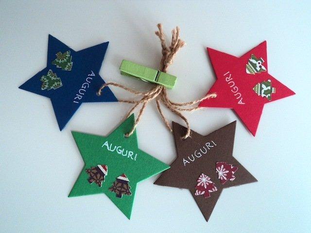 Set di 4 tag chiudi pacco Natale semplici stella con 2 alberelli