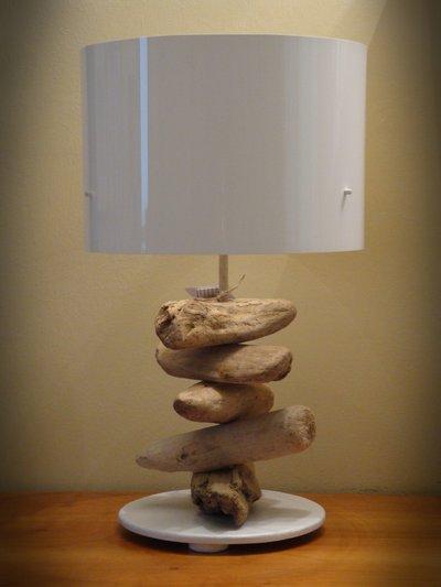 Lampada white con legni di mare per la casa e per te for Legni di mare arredamento