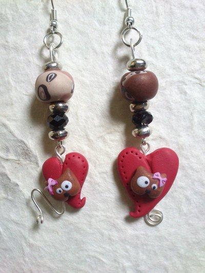 ORECCHINI pendenti con micina su cuore rosso