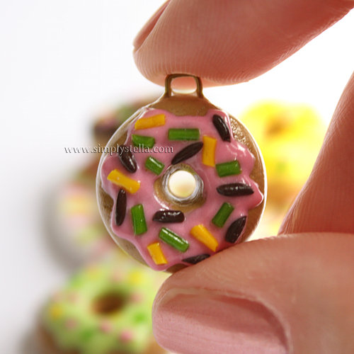 Donut Charm - Pink