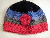 Cappellino colorato in lana per bambina