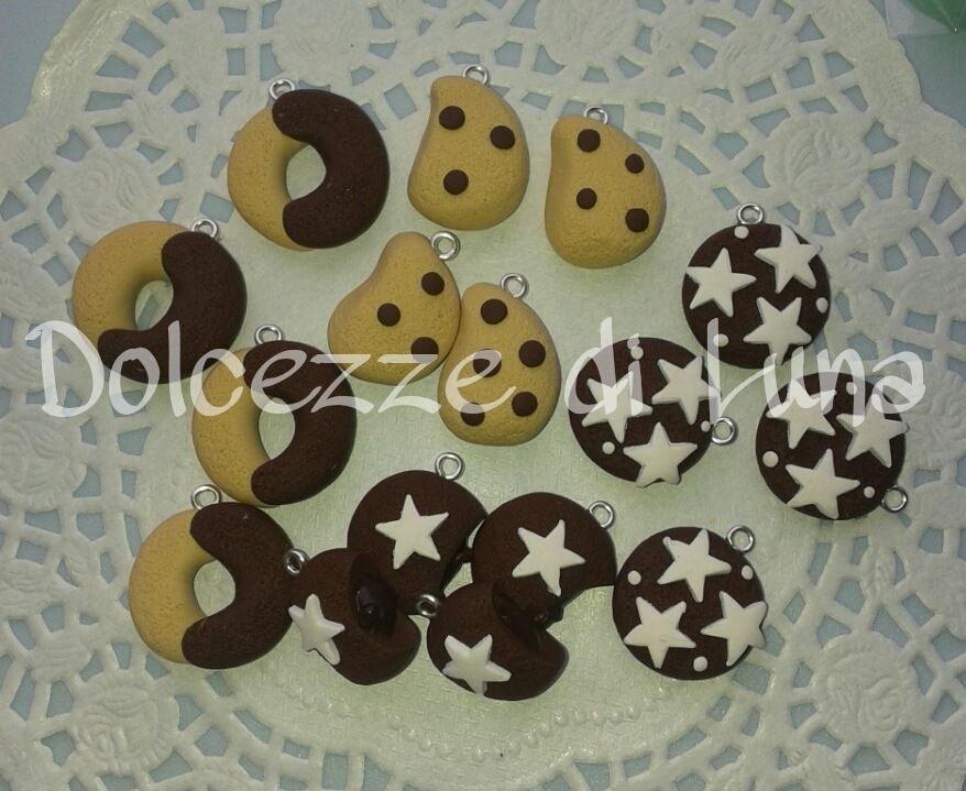 (Cod. 100 )lotto stock di 16 ciondoli biscotti in fimo fatti a mano, utili per creare orecchini, bracciali, portachiavi
