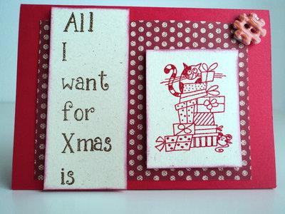Biglietto auguri Natale, da mensola, rosso con gatto e pacchetti