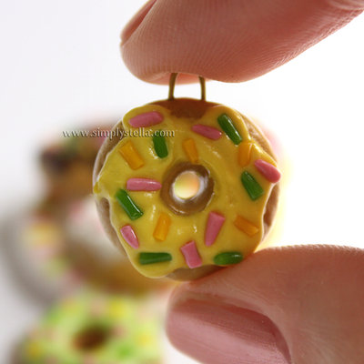 Donut Charm - Yellow