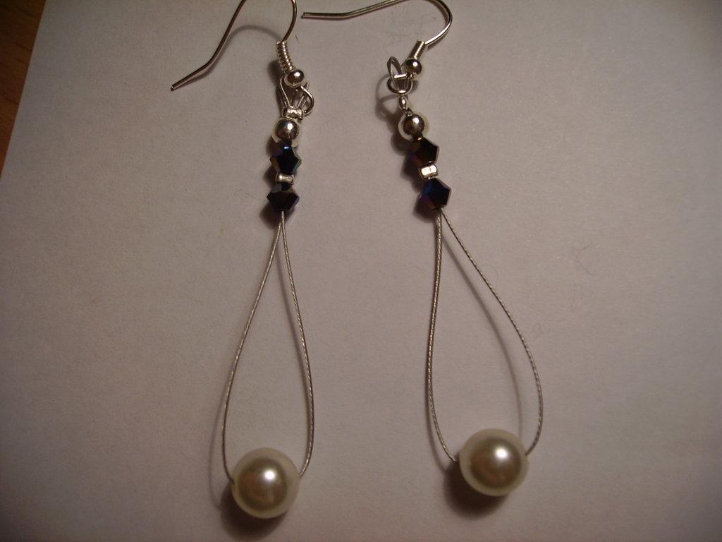 Orecchini perla bianca