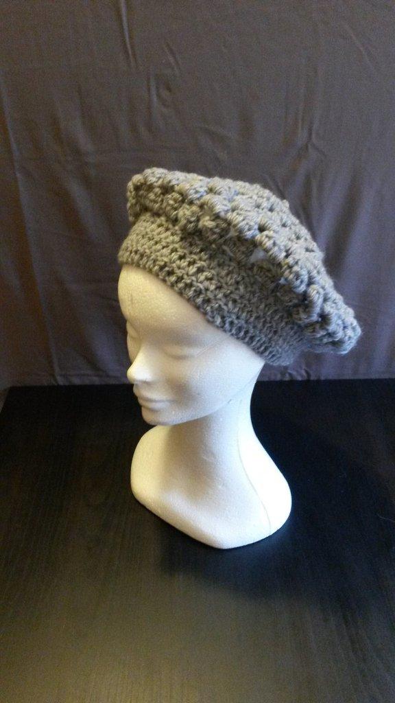 Basco in lana grigio