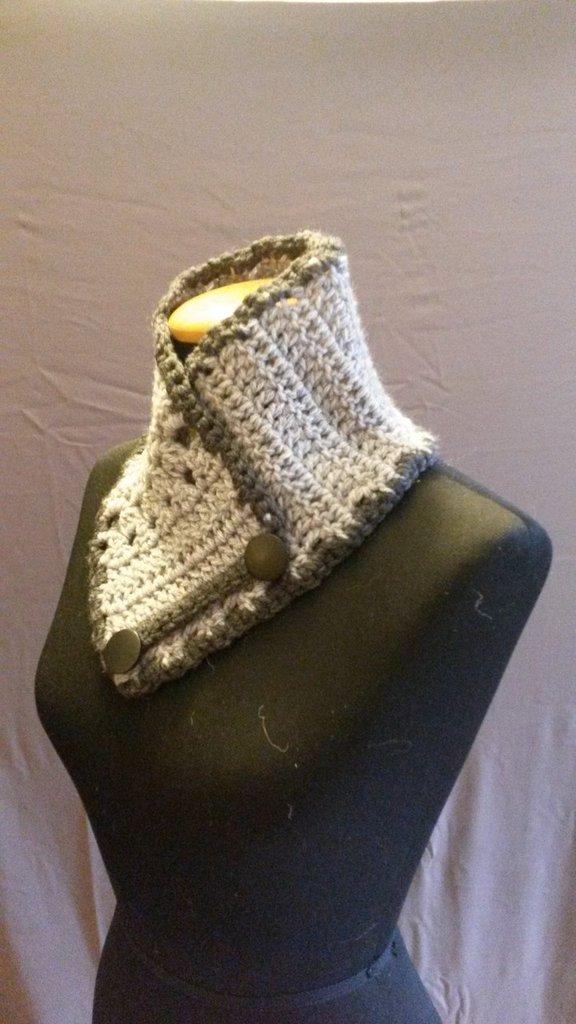Scaldacollo in lana grigio