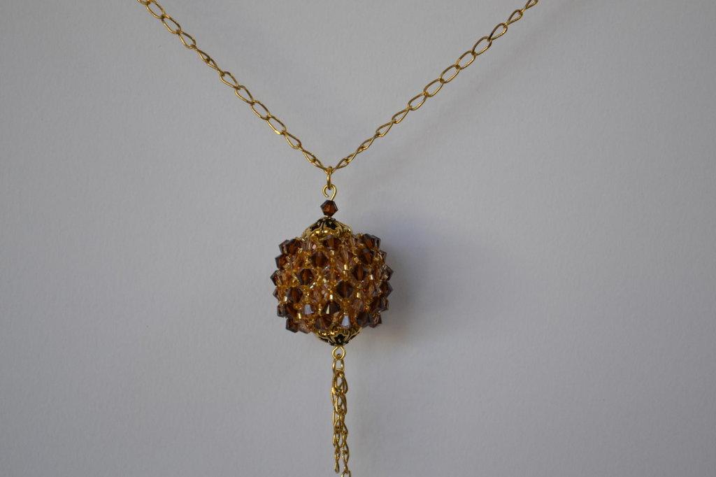 Collana sfera capriccio con mezzi cristalli