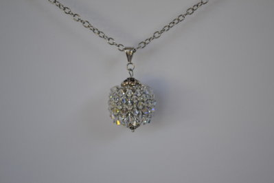 Collana sfera capriccio con cristalli Swarovski