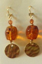 Orecchini color ambra e oro