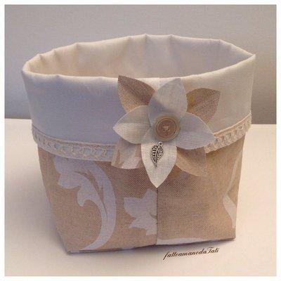 Cestino portatutto in cotone stampato plastificato con fiore