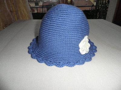 Cappellino bambina colore blu