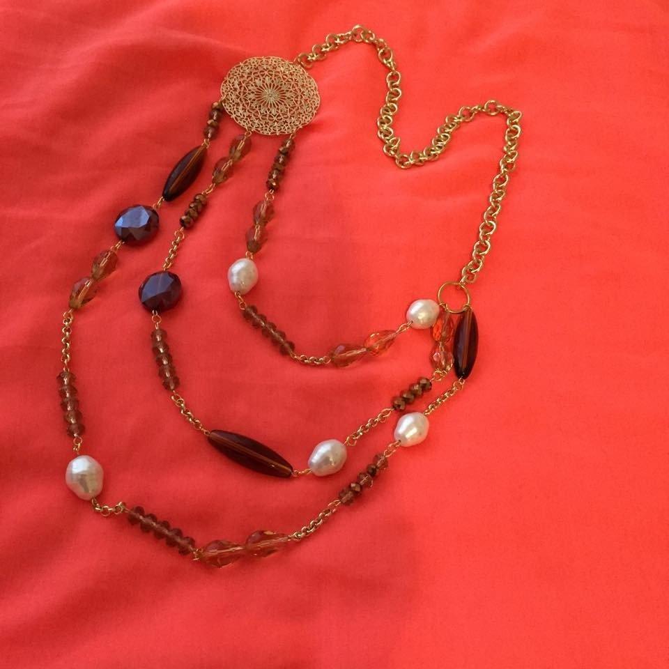 Catena 3 fili con pietre preziose e madreperle