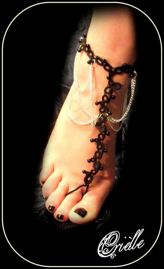 Cavigliera/Sandalo a piedi nudi/Barefoot in Pizzo Nero Chiacchierino