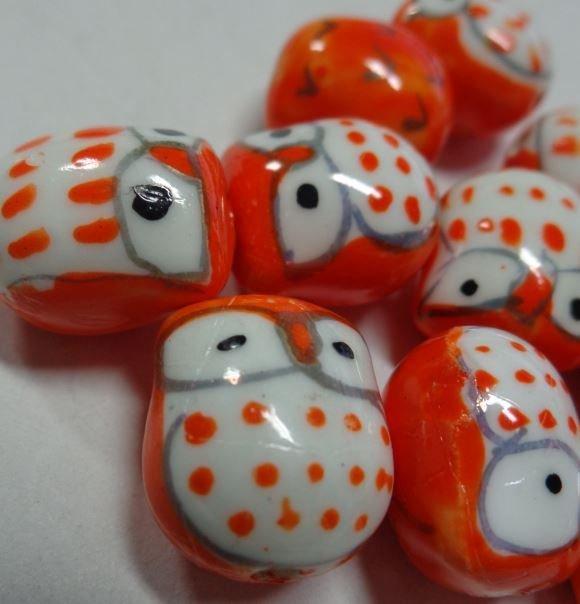 7 Perline Gufetti ARANCIONE Porcellana