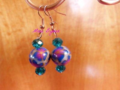 orecchini pendenti con perla con fiori in fimo