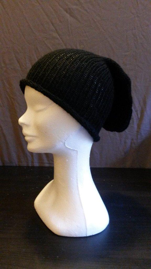 Cappello in lana nero